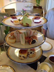 E: High Tea Peninsula Hotel